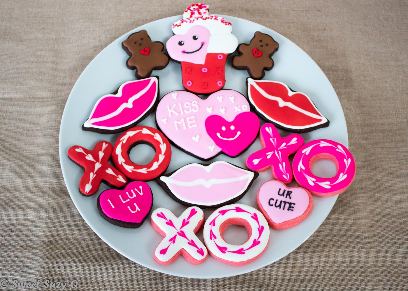 Small Valentine's Day cookie platter