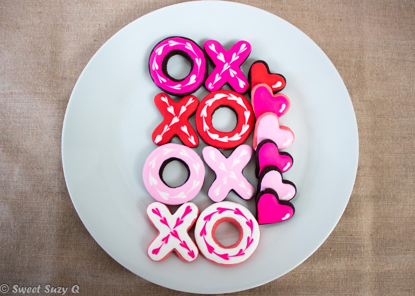Hugs and kisses cookies, x's and o's