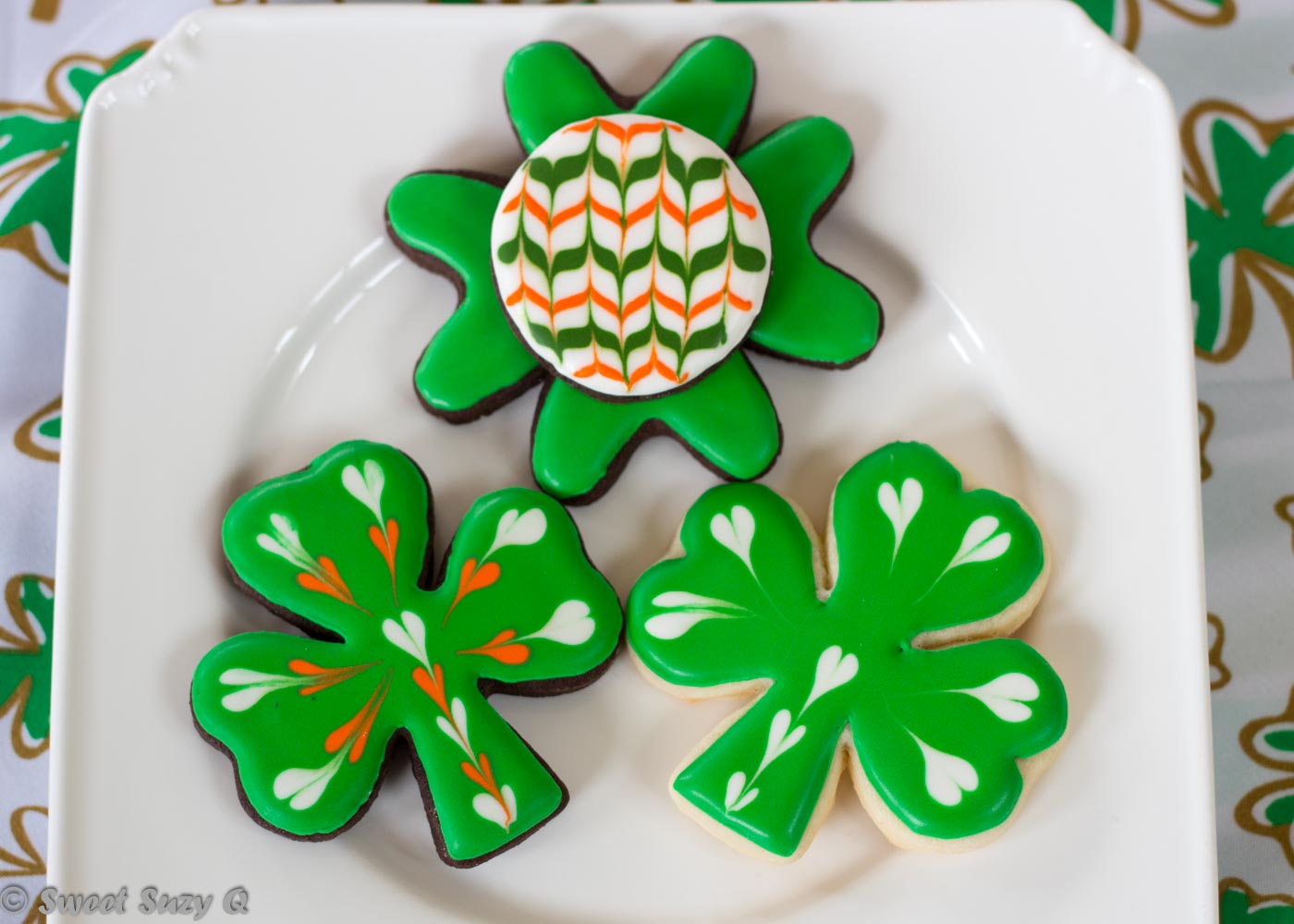 Shamrocks and clover cookies